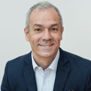 Arturo Arques, Privatekonom på Sparbankerna och Swedbank.