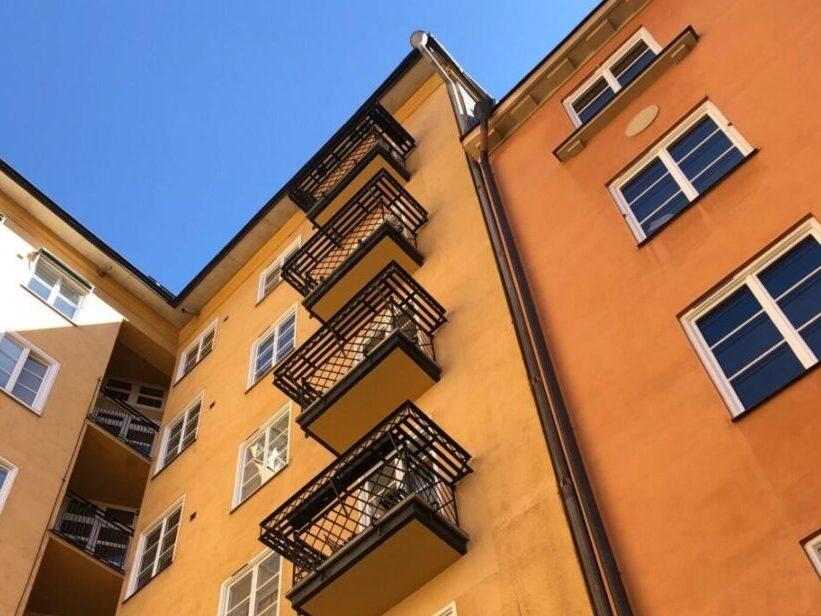 Många bostadsrättsföreningar har hyresgäster som har samma rättigheter som om de bodde i en hyresfastighet.
